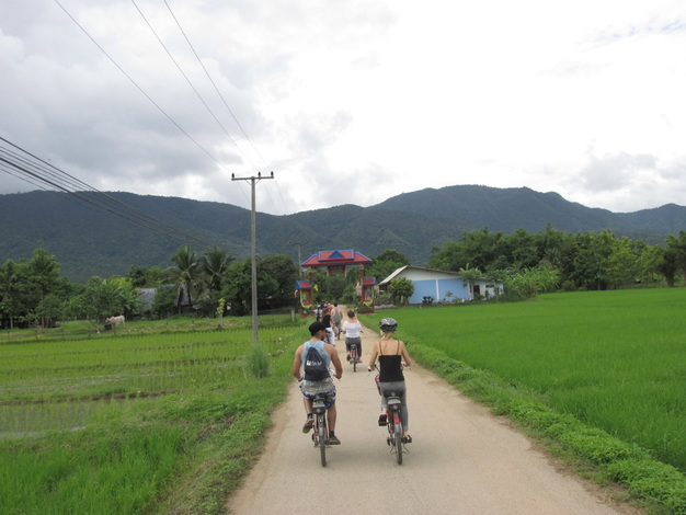 thailand, travel, south east asia, sikh, singh, lampang, cycling tour, village